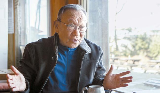 姜万吉(カン・マンギル)教授
