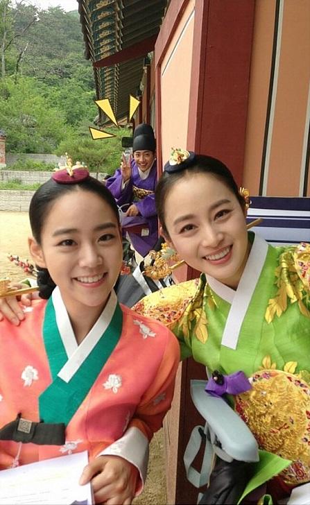 女優キム・テヒとKARAのスンヨン(写真=キム・テヒのme2dayから)