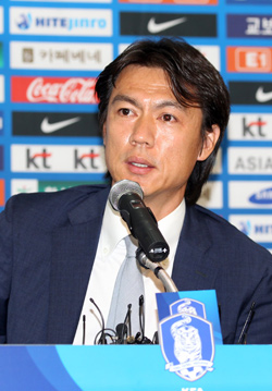 洪明甫(ホン・ミョンボ)元五輪代表チーム監督。(写真=日刊スポーツ)