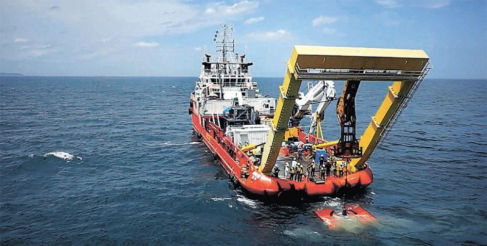 韓国の海底鉱物採取ロボット「ミネロ」。