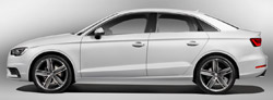 アウディの代表的なハッチバックモデルA3。アウディは中国市場向けにセダンモデルを追加した。A3セダンはハッチバックモデルより全長219ミリ長い。
