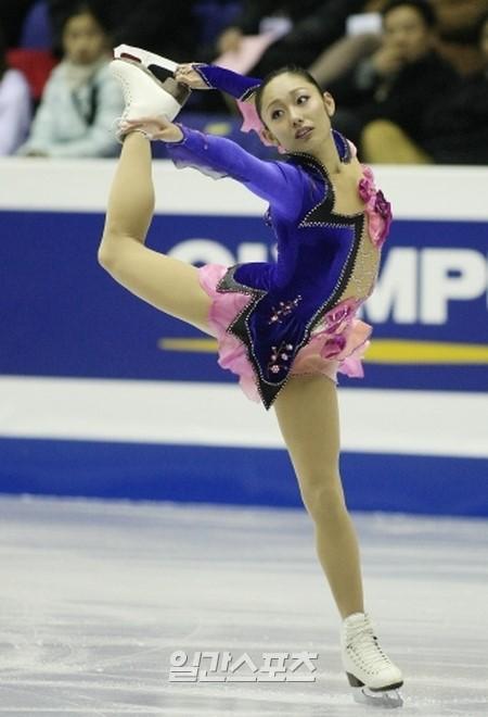 安藤美姫(26)。