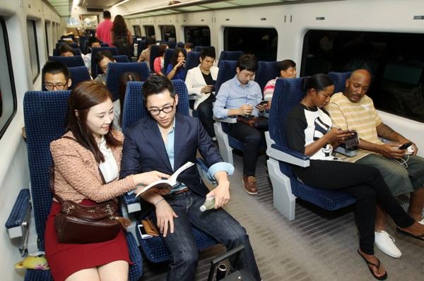 仁川(インチョン)空港とソウルの都心をつなぐ空港鉄道の利用客の2割は外国人