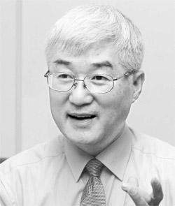 マ・ヨンサム大使は「教科書のわい曲は日本だけに限定されない」として「来年の予算を増額しても外国の教科書の修正に積極的に対応する」とした。(写真=中央フォト)