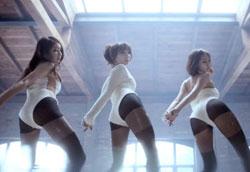 ガールズグループStellar(ステラ)の新曲『マリオネット』のミュージックビデオのワンシーン。