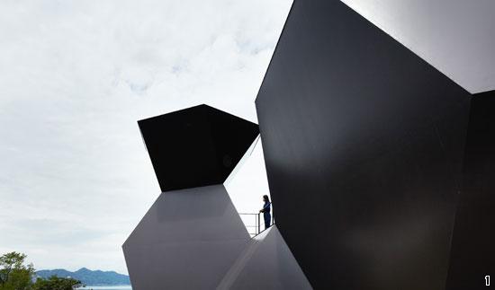 日本には世界的な「ブランド」になっている建築家が多い。昨年のプリツカー賞を受賞した伊東豊雄が設計した日本の愛媛県建築博物館。(写真=Hyatt Foundation)