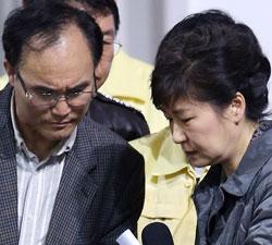 ソン・ジョングン保護者代表「(政府が)何も知らせない」(MBCインタビュー) 実は新政治民主連合京畿道議員候補…批判が強まると辞退
