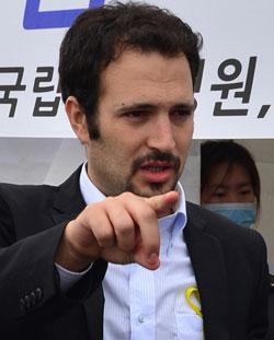 イスラエイド(IsraAID)のYotam Polizer(ヨタム・ポリッツェー)アジア支局長(32)