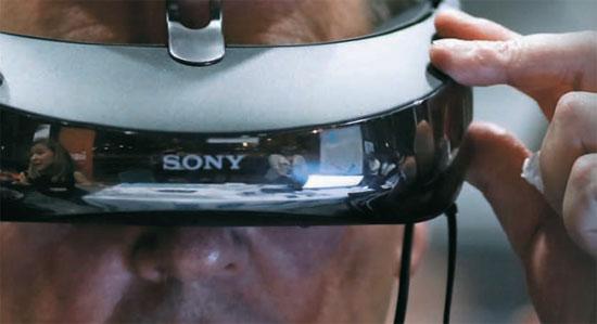 ソニーが今年2月のスペインWMCで披露したウエアラブル機器