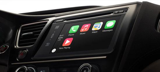 現代自動車が来月から米国市場で販売する新型「ソナタ」の内部。車両用ソフトウェア「アップル・カープレイ」が装備され、電話通話、ショートメッセージ送受信、地図検索、音楽鑑賞だけでなく音声認識サービスの「Siri」も運転中に使える。(写真=アップル)