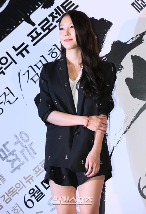 歌手BoAの母親がBoAの苦しい学生時代について言及して目を引いている。