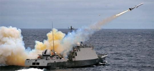 独島沖の射撃訓練(写真=海軍)
