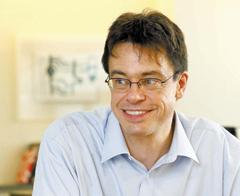 米ハーバード大の中国専門家マイケル・プエット教授(50、中国史学科)