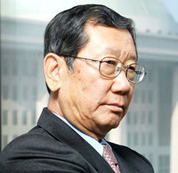 柳興洙(ユ・フンス、77)