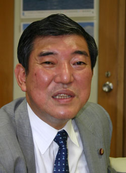 石破茂・自民党幹事長