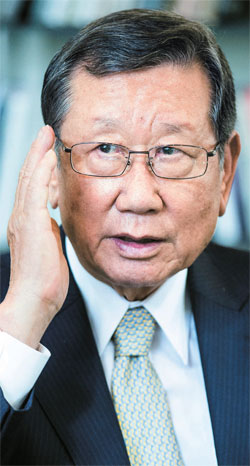朴槿恵政権の最高齢公職者となった柳興洙(ユ・フンス)新駐日大使は「年齢に束縛されることは何もない」とし「ただ国のために所信のまま堂々と最善を尽くしたい」と述べた。