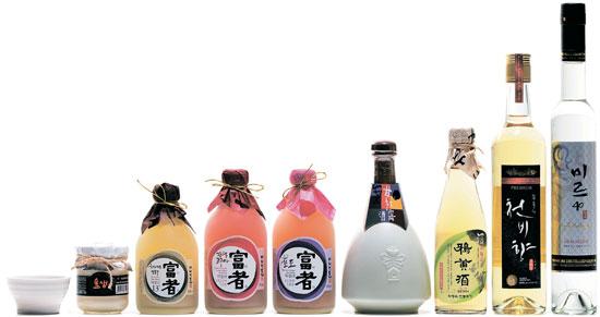 京畿道坡州(キョンギド・パジュ)・華城(ファソン)・龍仁(龍仁)・義王(ウィワン)などで製造されている地酒。ドブロクからアルコール度数が40度に達する焼酎までさまざまだ。