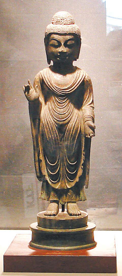 韓国内の窃盗集団が日本の対馬から盗んできた統一新羅時代の銅造如来立像。(写真=中央フォト)
