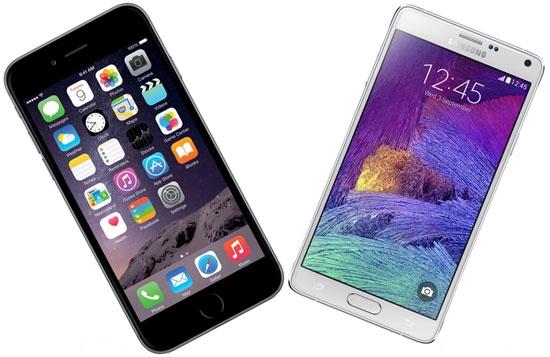iPhone6(左)、ギャラクシーノート4