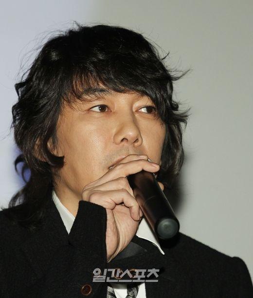 歌手のキム・ジャンフン
