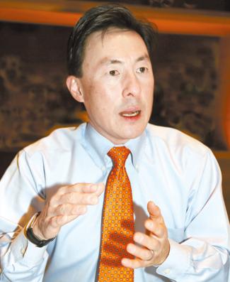 バージニア州のマーク・キム下院議員(48)