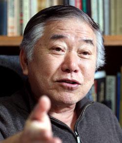 韓半島の平和のために今まで築いてきた外交資産の積極的な活用を強調した文正仁教授。