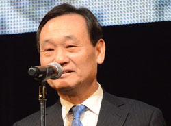 李八成(イ・パルソン)氏