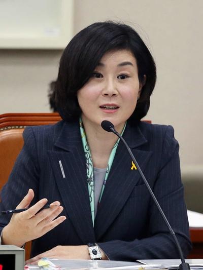 金姫廷女性家族部長官(写真=中央フォト)