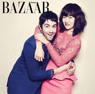 英国俳優ジム・スタージェス(左)と女優のペ・ドゥナ(写真提供=Harper's Bazaar Korea)