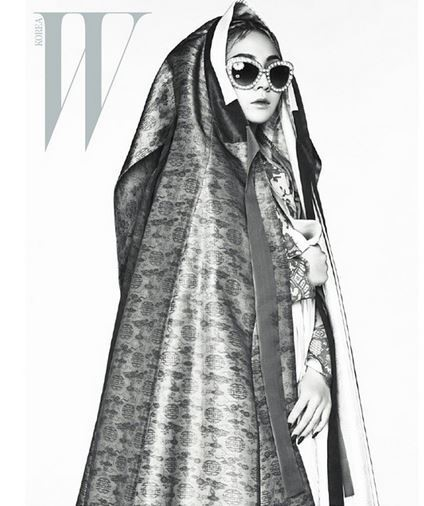 2NE1のCL(写真=『W KOREA』インスタグラム)