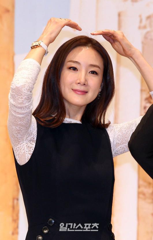 女優のチェ・ジウ