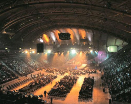 リレハンメル冬季五輪が開催された競技場は大規模コンサート場などとして活用されている。