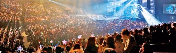 世界最大級の韓流フェスティバル「KCON 2015 Japan」(写真=韓国経済新聞)