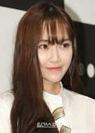 21日、京畿道城南市盆唐区AKプラザで開かれたセレクトショップ「KOON」リニューアルオープンイベントに登場した元少女時代のジェシカ。