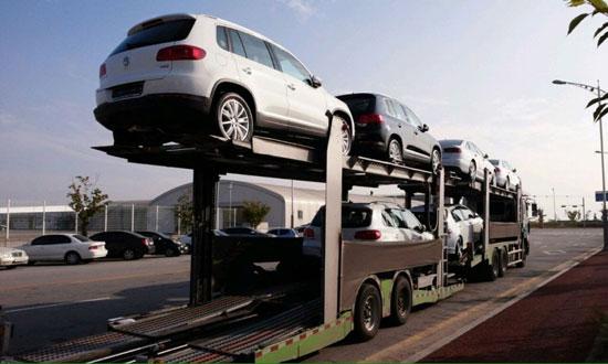 韓国環境部は24日午後、京畿道(キョンギド)の平沢(ピョンテク)港に入庫されたフォルクスワーゲンのジェッタ・ビートル・ゴルフ・アウディA3の車両を封印措置した。環境部は来週中これらの車両を仁川(インチョン)交通環境研究所に移して精密検査を行う。12月初めからは国産・輸入産ディーゼル車の全体車種を対象に任意操作の有無を検査する予定だ。(写真=交通環境研究所)
