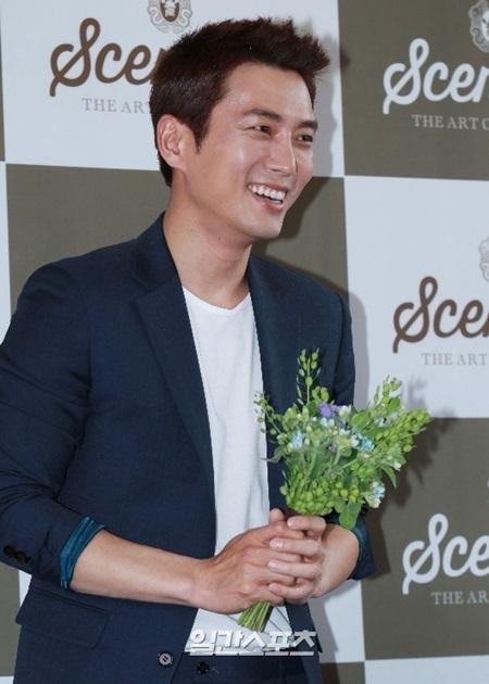 俳優チュ・サンウク