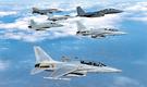 空軍が2月に実施した大規模な総合戦闘訓練「Soaring Eagle」で、国産戦闘機FA-50(写真の下)がF-15K、KF-16、F-4、F-5戦闘機と任務を遂行している。(写真=空軍)