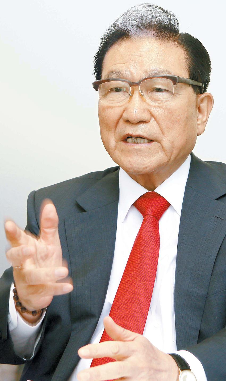 孫炳斗(ソン・ビョンドゥ)会長は現在の教育システムを画期的にやり直さなければなければならないと強調した。