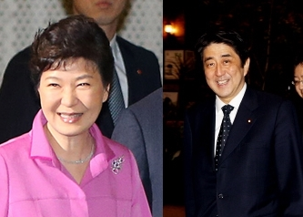 朴槿恵(パク・クネ)大統領(左)と安倍晋三首相(右)(写真=中央日報DB)