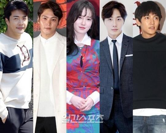 左からクォン・サンウ、チュウォン、ク・ヘソン、チョン・イル、チ・チャンウク