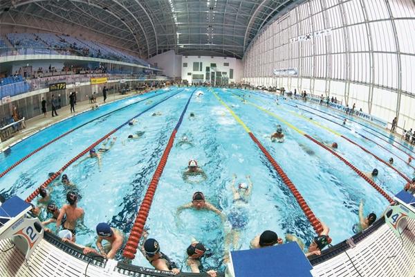 光州世界水泳大会のメーン競技場候補の一つ、南部大学国際プール。