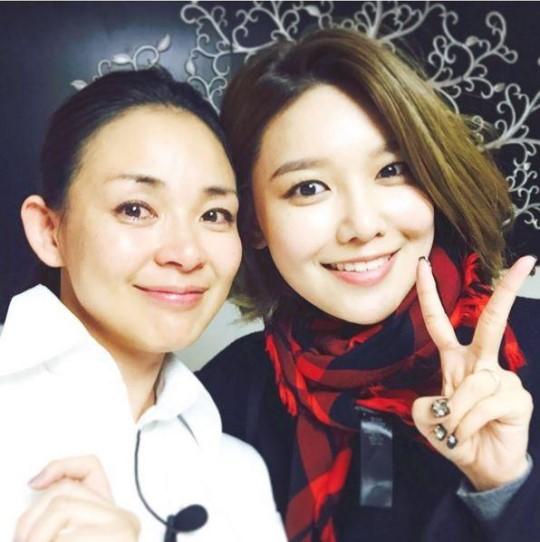 モデルのSHIHO(左)と少女時代のスヨン(写真=SHIHOのインスタグラム)
