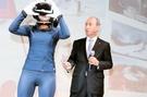 オ・ソンモクKTネットワーク部門副社長が15日、「360度バーチャル・リアリティ(VR)」技術について発表している。(写真提供=KT)