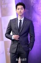 22日、ソウル江南区論硯洞インペリアルパレスソウルで開かれたKBSドラマ『太陽の末裔』制作発表会に登場した俳優のソン・ジュンギ。