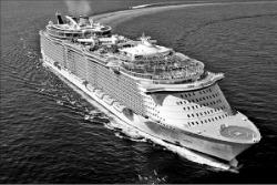 世界最大オアシス級クルーズ船