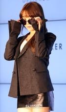 22日、ソウル鍾路区JWマリオット東大門スクエアソウルで開かれたアイウエアブランド「optical W」フォトコールイベントに登場したGirl's Dayのミナ。