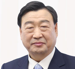 李熙範(イ・ヒボム)氏(67)
