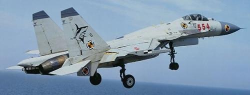 中国戦闘機J-15(殲15)