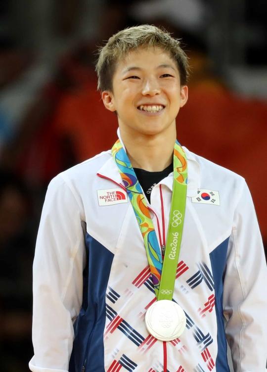 銀メダルを獲得した韓国女子柔道のチョン・ボギョン。