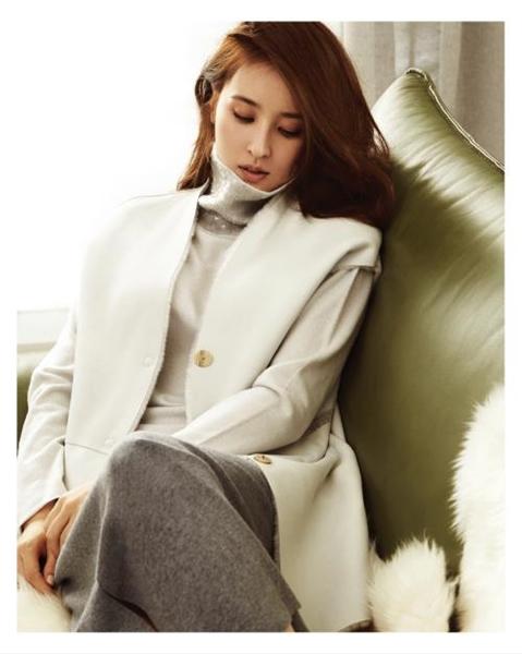 女優のハン・ヘジン(写真提供=VOGUE)